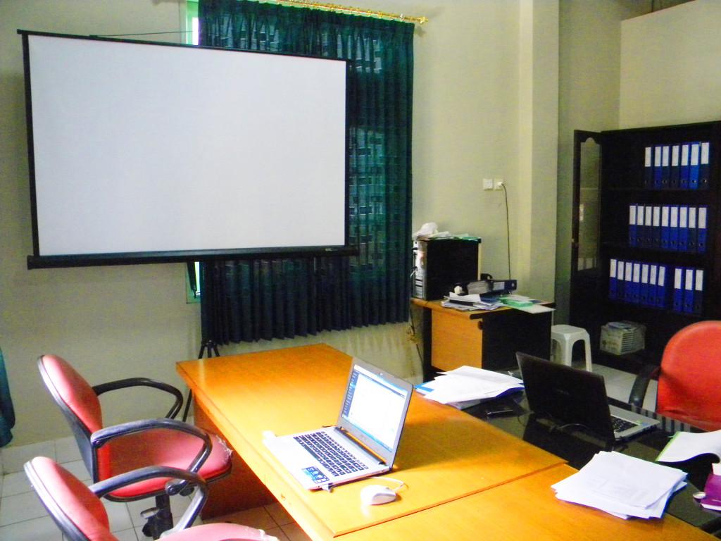 ruang rapat Kopkar Kosayu